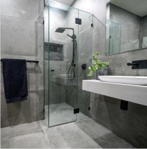 bathroom photo brisbane